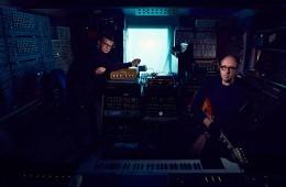 The Chemical Brothers publican el 17 de julio su nuevo disco BORN IN THE ECHOES | Noticias
