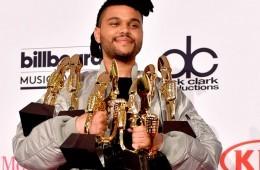 The Weeknd arrasa en la gala de los Billboard Music Awards 2016 | Noticias | UMOMAG