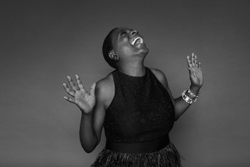 SHARON JONES, fiera hasta el final (1956-2016) | Obituarios | UMO Magazine