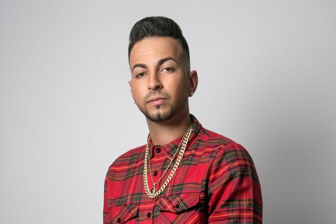 noticia justin quiles waner music latina reggaeton urban latino musica umomag