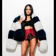 La artista latina femenina del momento Natti Natasha ocupa la Cover Story digital del mes de Septiembre en UMOMAG