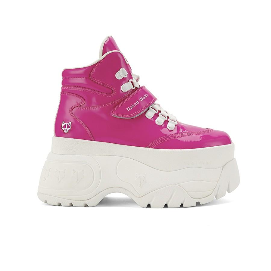 Scandal: Sneakers botín con una plataforma de 9 cm. Inspirada en los 90's. (232,00€)